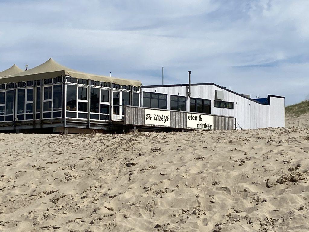 Strandpaviljoen De Uitkijk - Egmond aan Zee